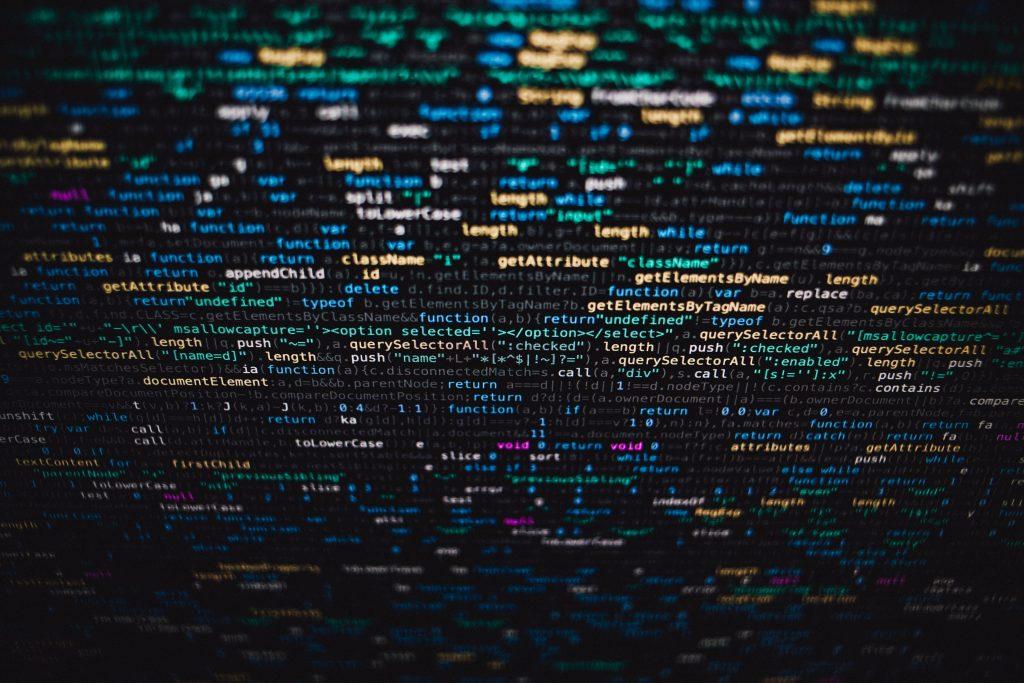 Code, Markus-Spiske via Unsplash