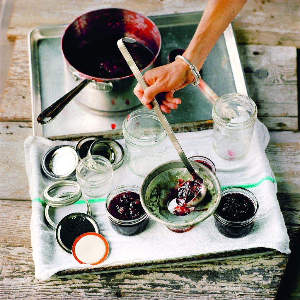 Making jam, Do Preserve
